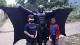 Batman Hibur Warga Kota Depok